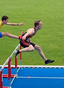 Flo Hürden Wettkampf Mannheim Seckenheim Leichtathletik